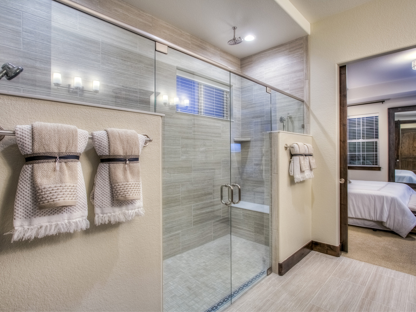 19-evergreen-fort_collins-master_bath-new_home