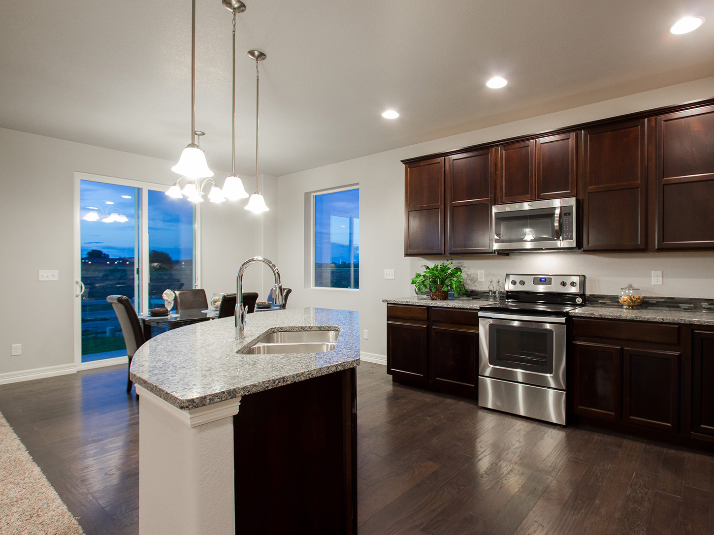 05-glenwood-fort_collins-kitchen-new_home
