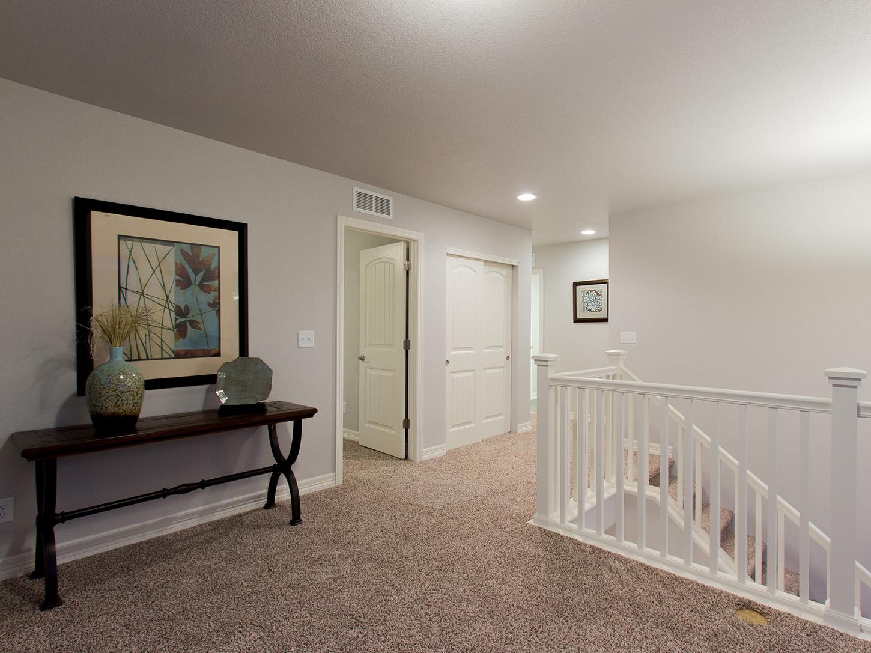 16-glenwood-fort_collins-loft-new_home_builder