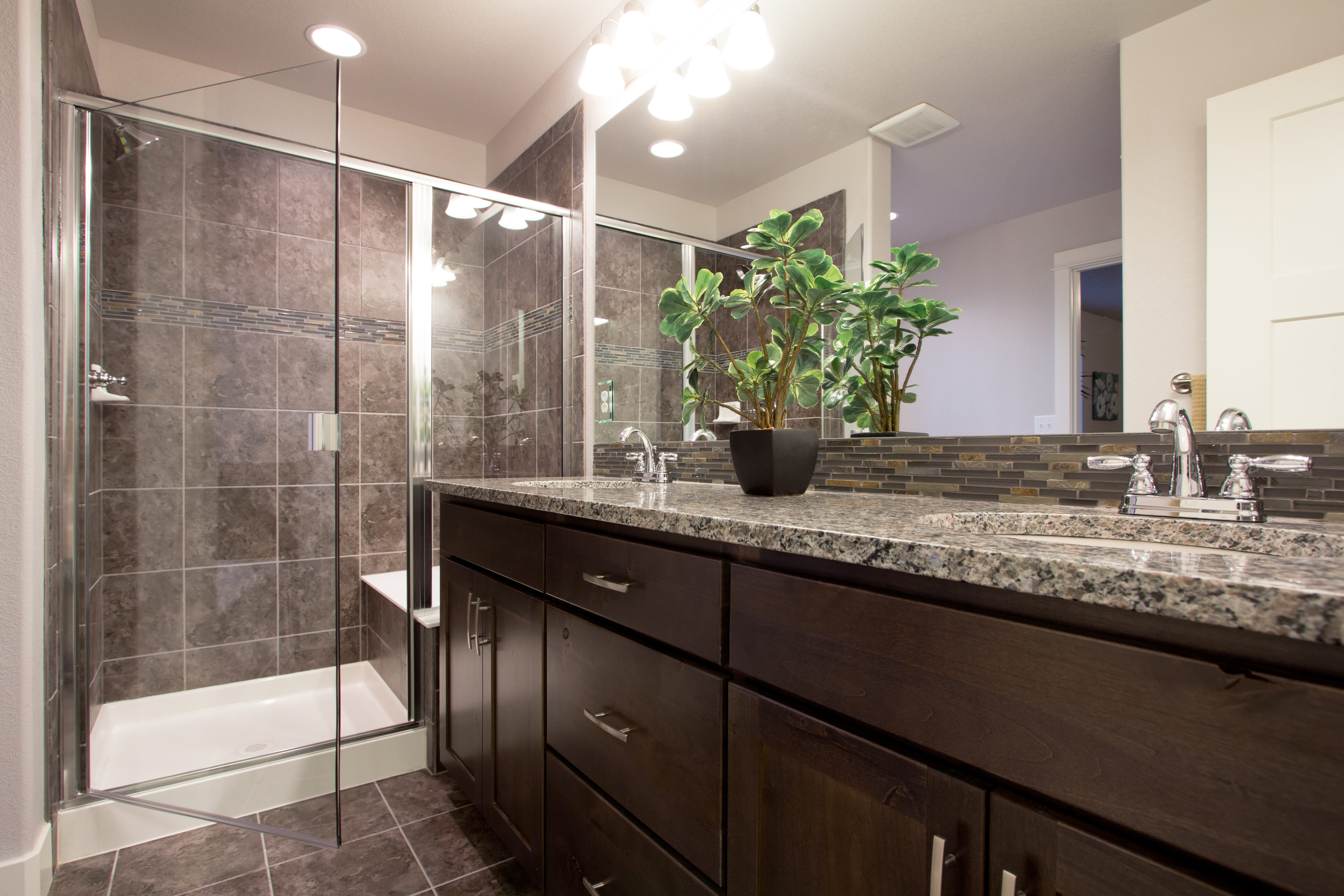 18-montrose-fort_collins-master_bath-new_construction