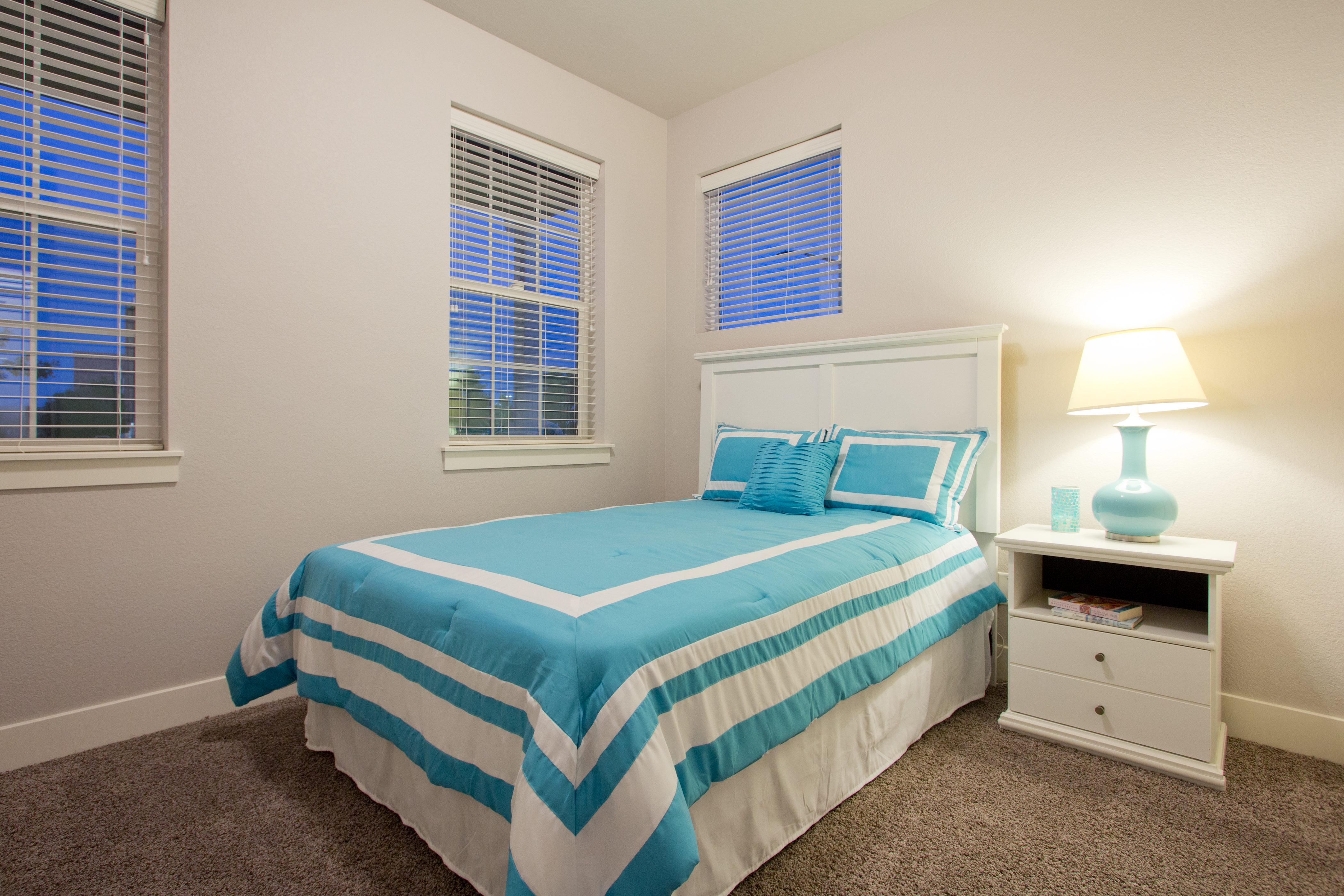 20-montrose-fort_collins-main_floor_bedroom-new_homes_for_sale