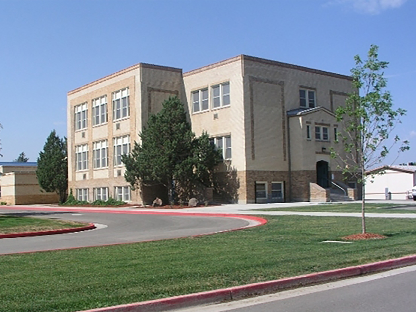 35-northern_colorado_new_homes_timnath_elementary_school