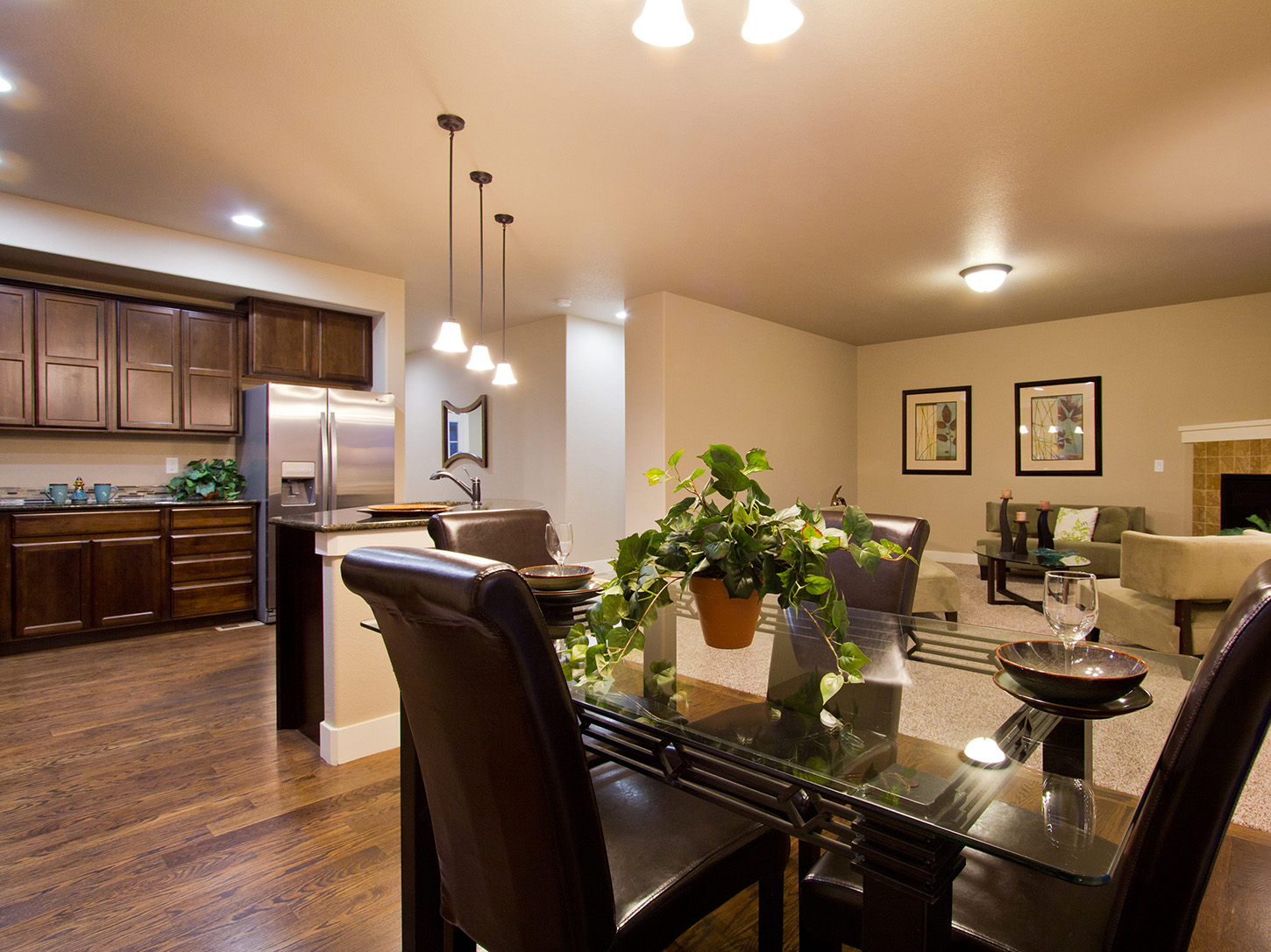 09-glendale-fort_collins-kitchen_dining-new_home