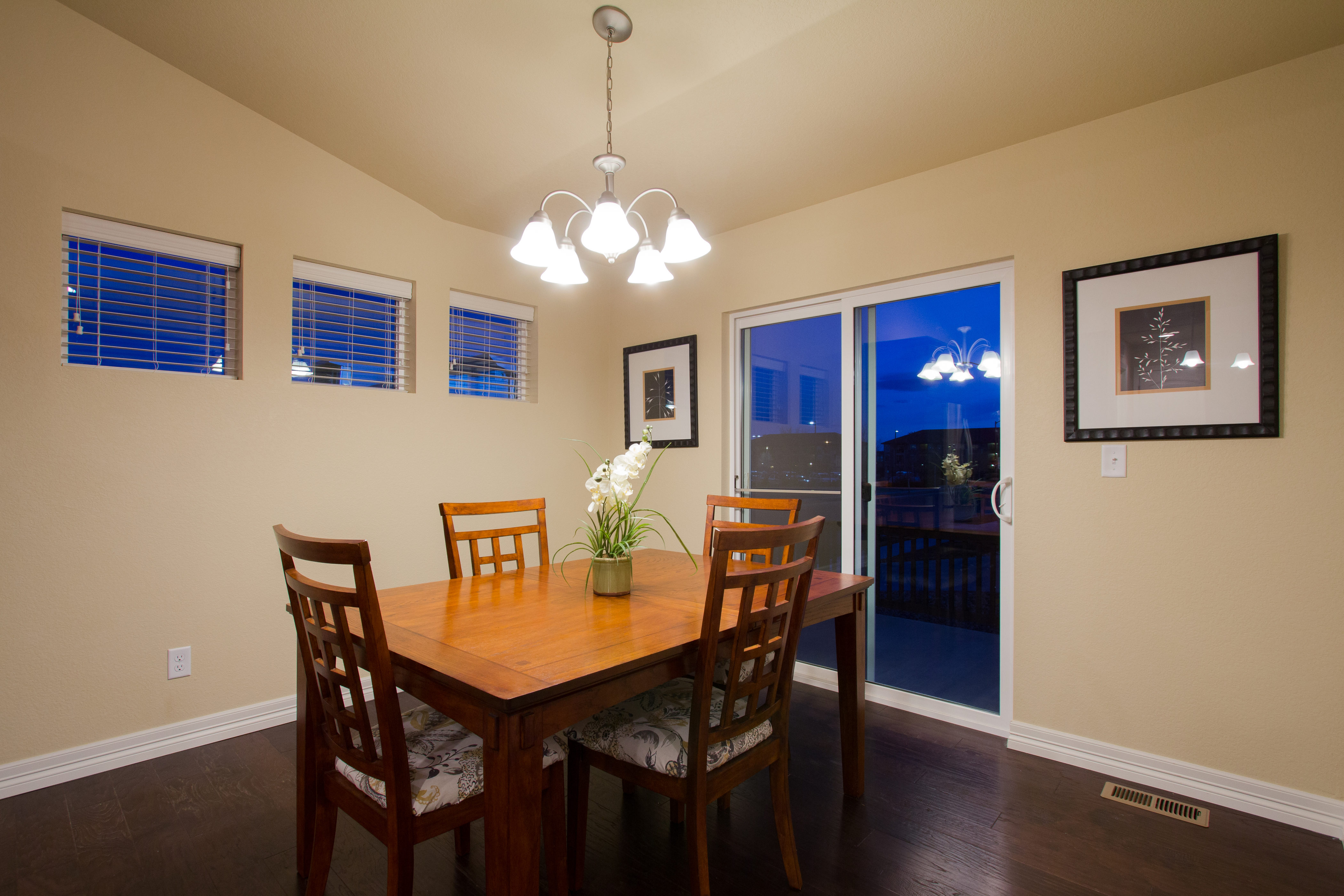 11-silverthorne-milliken-dining_area-new_homes_for_sale