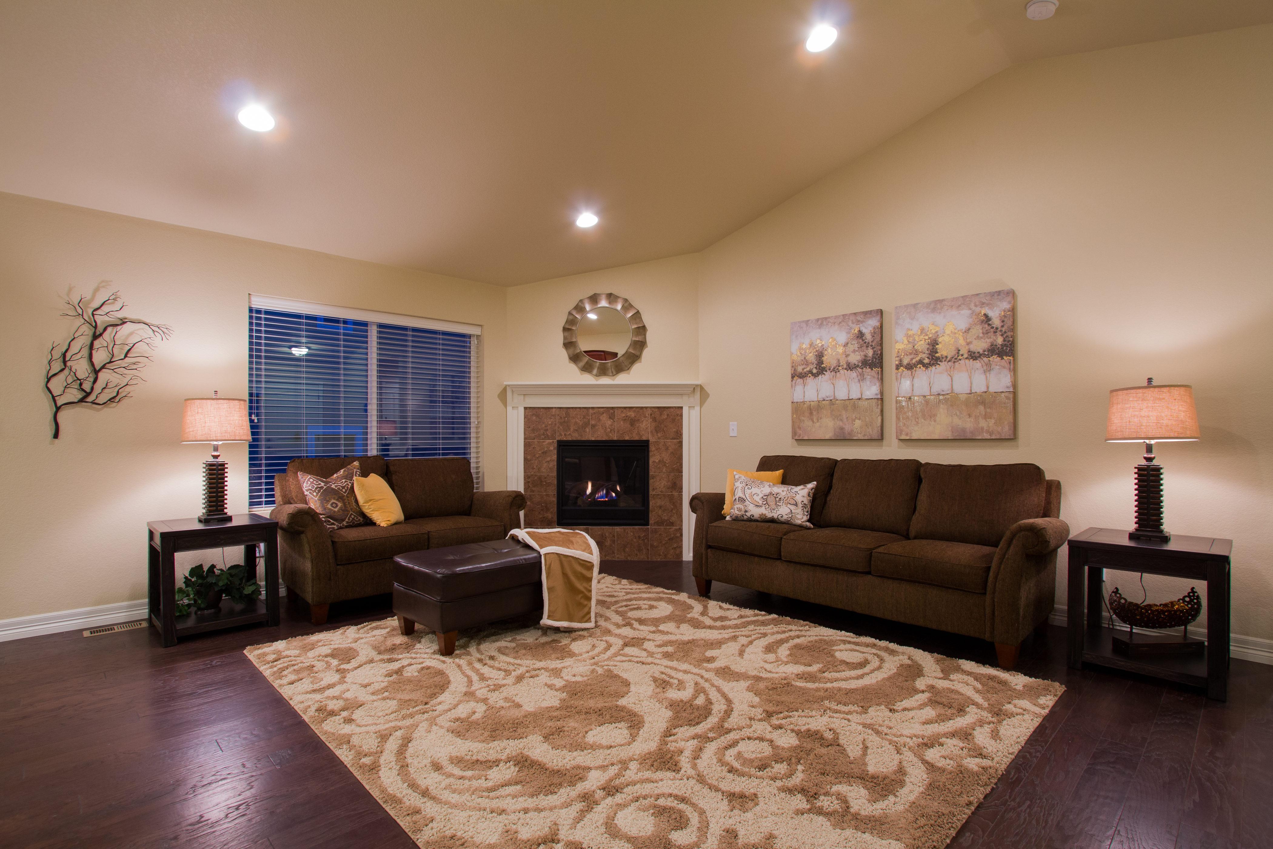 12-silverthorne-milliken-great_room-new_home
