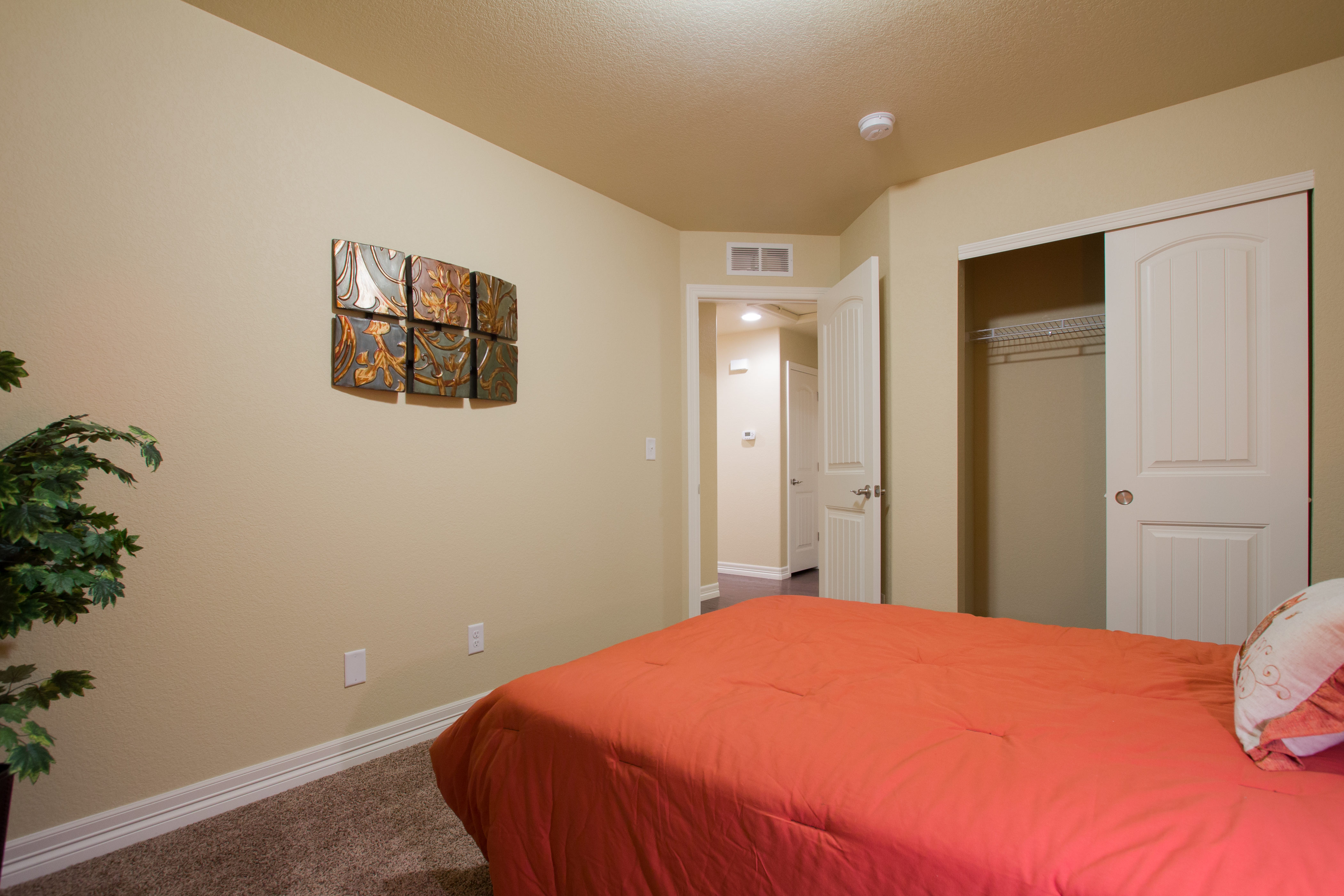 22-silverthorne-milliken-bedroom_3-new_home_builder