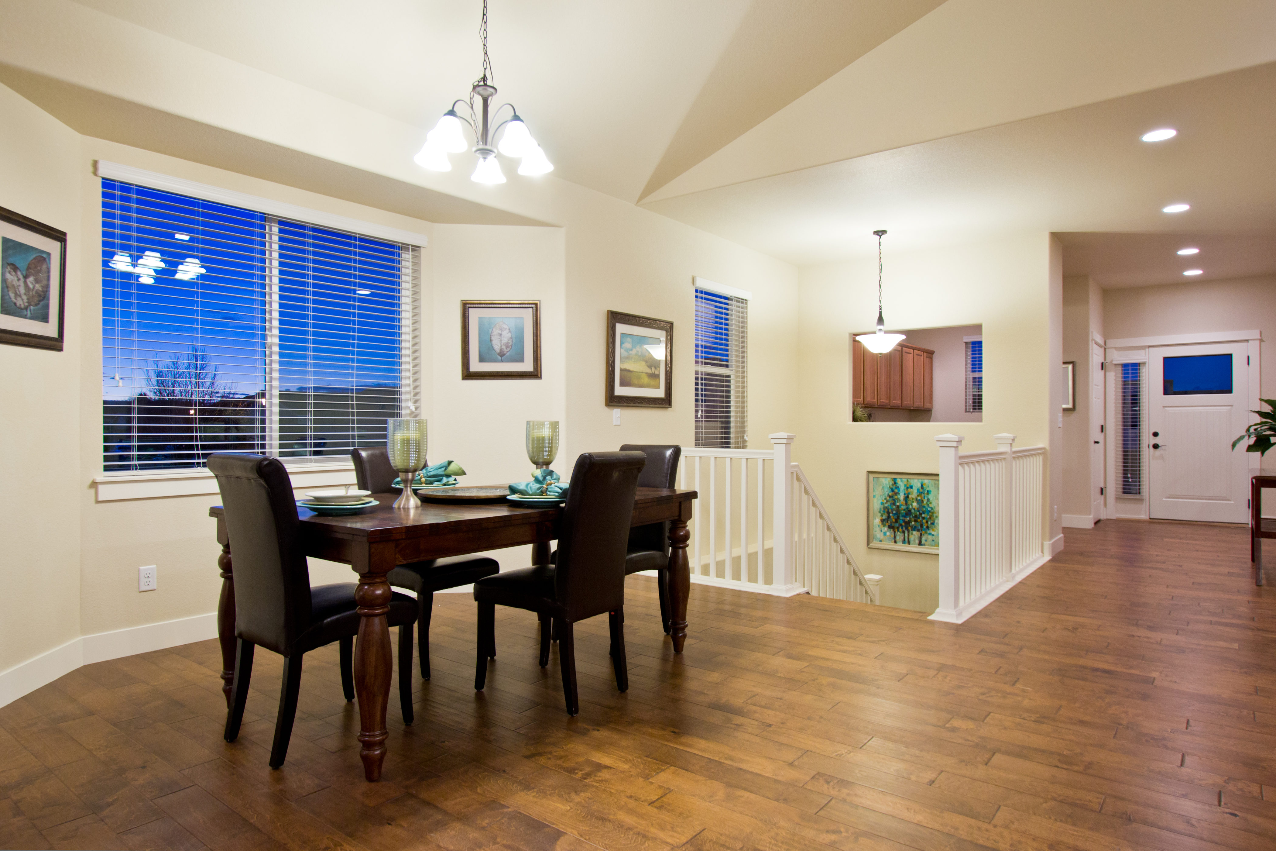 10_breckenridge_loveland_dining_20area_new_20homes_20for_20sale