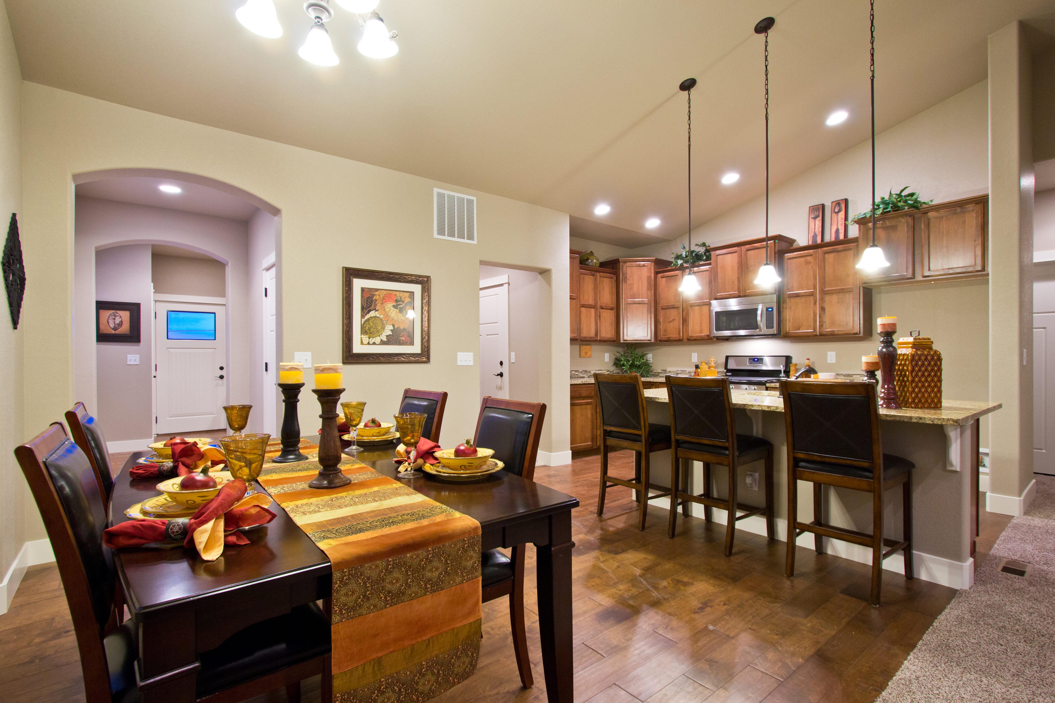 14_durango_loveland_kitchen-dining_new_20house