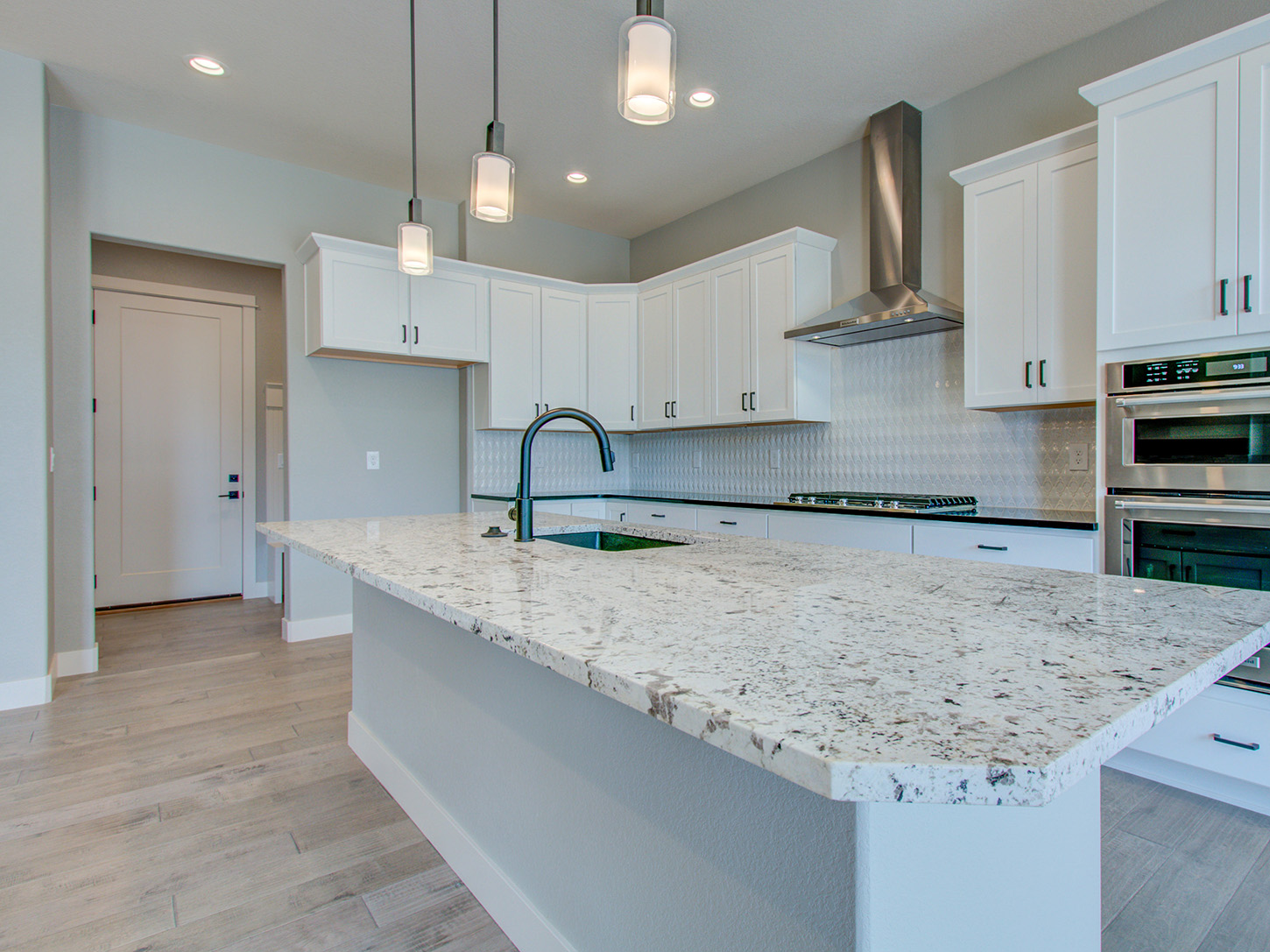 07_mickelson_loveland_kitchen_new_20homes_20for_20sale