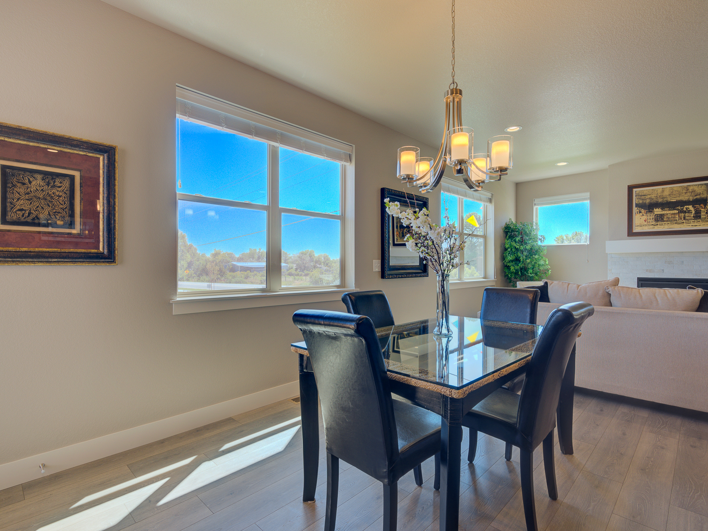 12_vail_loveland_dining_20area_dream_20homes_20for_20sale