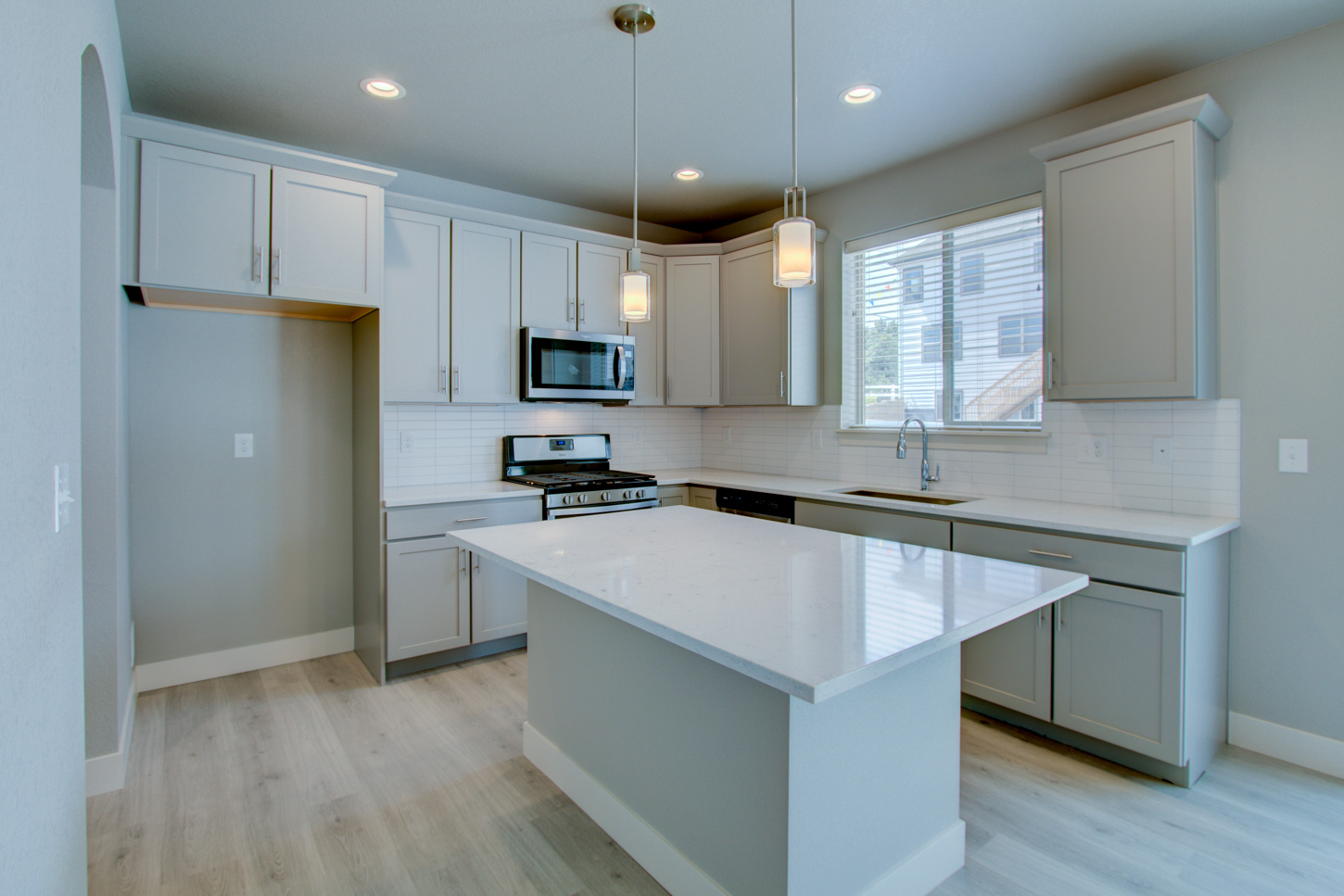 10_115_20anders_20ct_loveland_kitchen_new_20homes_20for_20sale