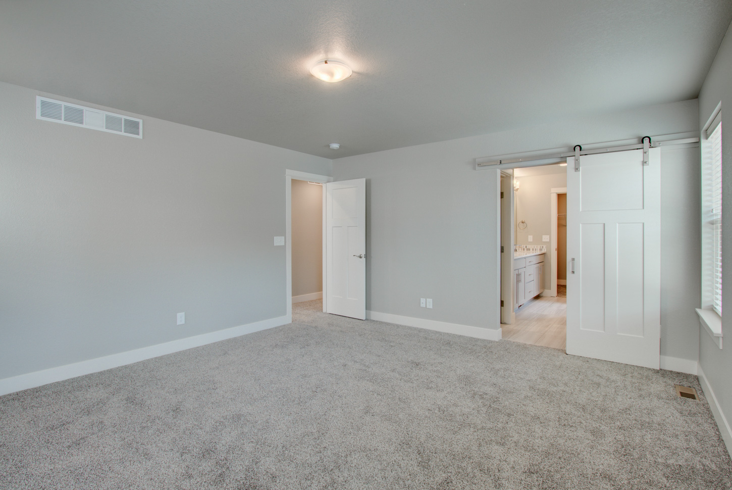 19_115_20anders_20ct_loveland_master_20bedroom_new_20homes_20for_20sale