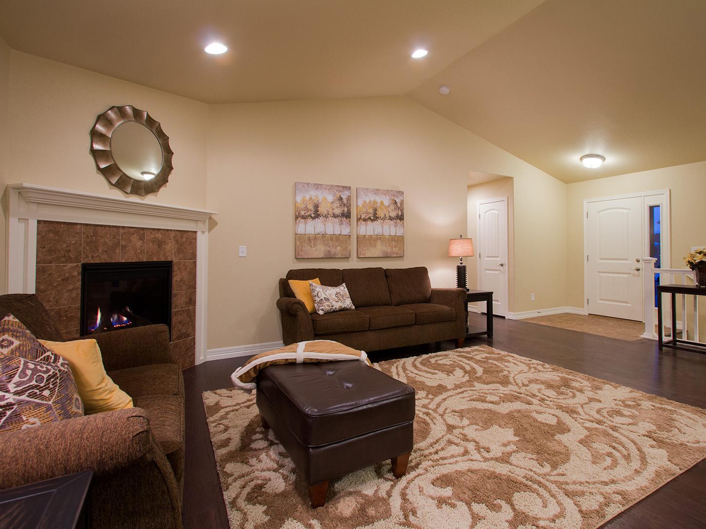 13-silverthorne-loveland-great_room-new_house