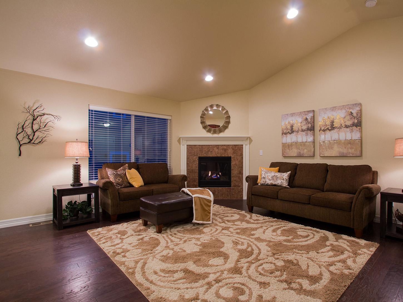 12-silverthorne-loveland-great_room-new_home