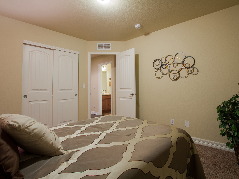 20-silverthorne-loveland-bedroom_2-new_house